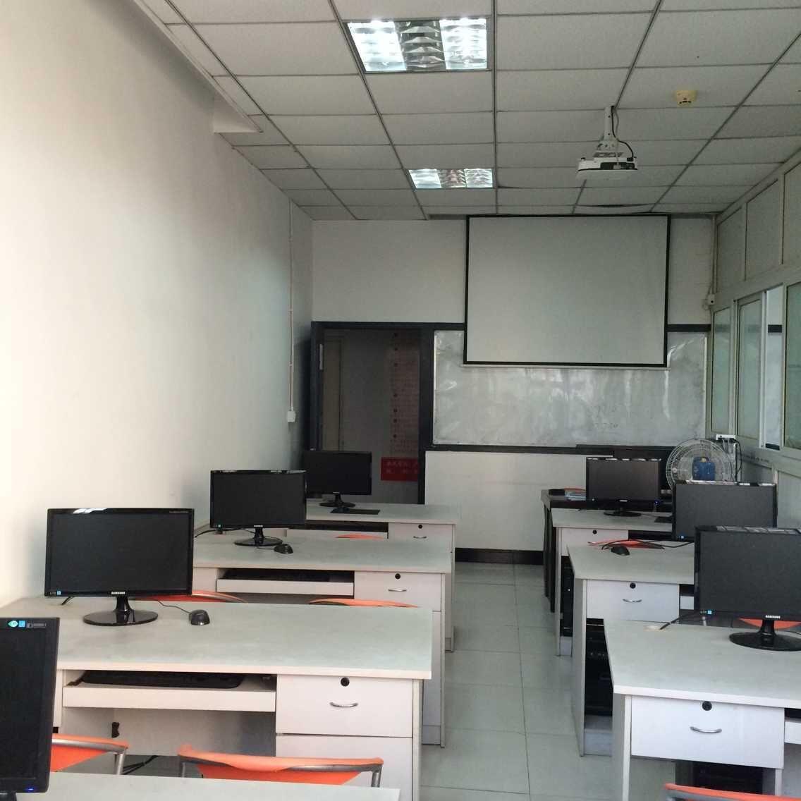 重庆麦积会计培训学校教室2