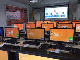 南宁天琥设计培训学校  学校教室内部