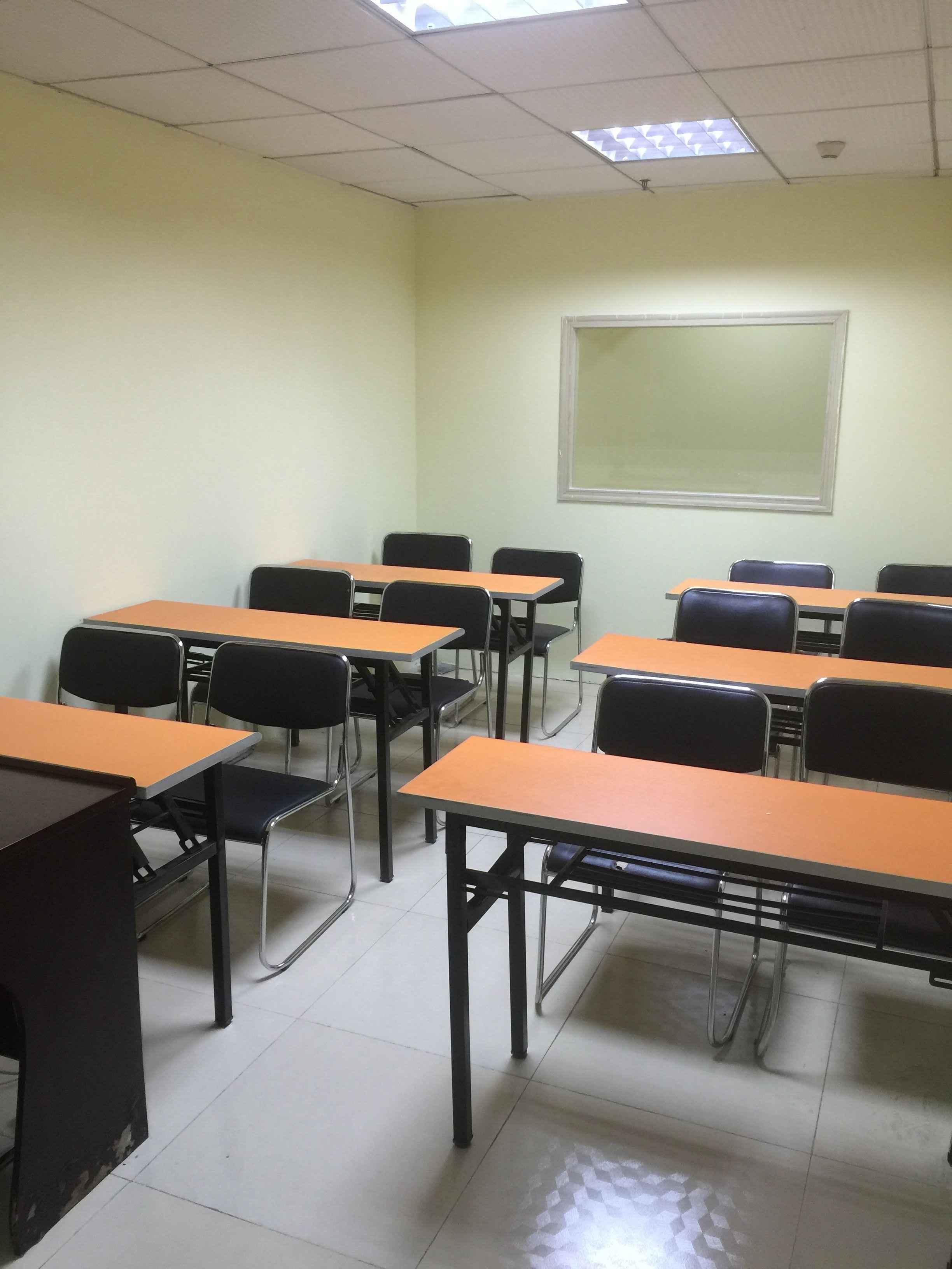 欧亚外语学校