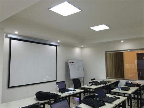 北京YouV电脑学院 上课教室